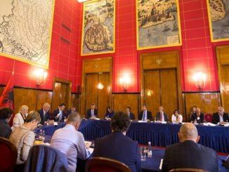 Edi Rama chairing the Albanian National Economic Council