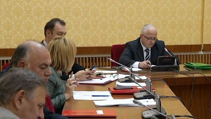 Edmond Spaho chairing the CEZ investigative committee at the Albanian Parliament